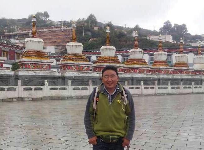 Phuntsok: English speaking tour guide