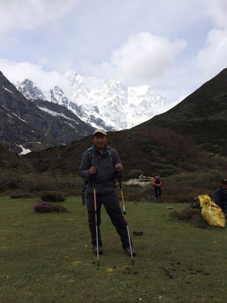 Tashi Dhundrup A: English & French speaking tour guide